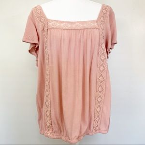 Torrid Pink Lace and gauze Top size 0